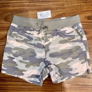 NWT! Children's Place Pink/Green Camo Shorts 10 Y
